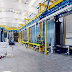 Power and free conveyor for painting line